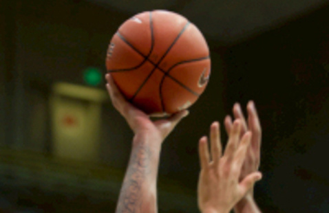 Men's Basketball Italian Feast