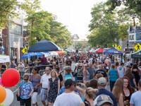 East Hampton Spring Street Fair