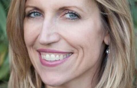 Aurora Comedy Nights Season Finale: Laurie Kilmartin