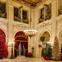 Rhody Adventures - Newport Mansions Holiday Tour
