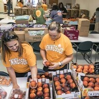 Volunteering with the Vols: Knoxville