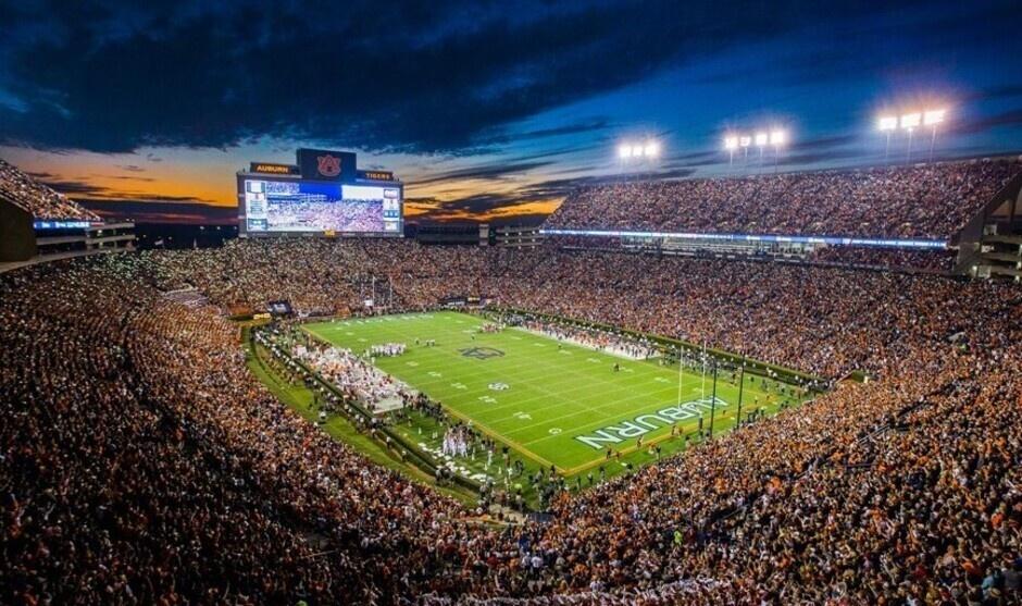 Auburn Football vs Georgia State - Homecoming
