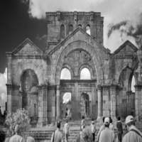 """Gallery Talk: """"Before the War: Photographs of Syria by Peter Aaron"""""""
