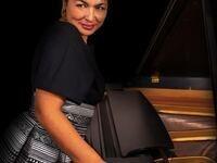 Kadisha Onalbayeva, piano