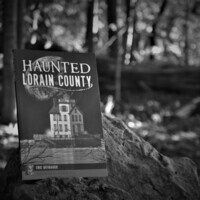 Haunted Lorain County book signing