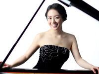 SALON SERIES: YOONIE HAN