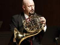 Dr. Gerry Wood, Horn