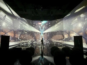 Immersive Multimedia Exhibition: Lucid Motion by Rhizomatiks Research