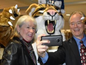 Pitt-Greensburg Alumni Association Merry Mingle