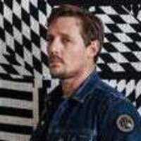 Sturgill Simpson: A Good Look 'N Tour