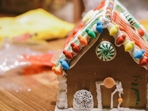 Gluten Free Gingerbread House Party + Cookie Exchange