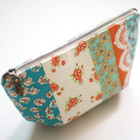 Crafty Hour: Sew a zippered pouch
