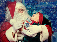 Brunch with Santa at Desmond's