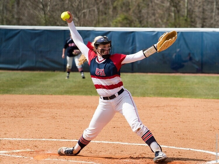 USI Softball vs West Liberty University at Westfield, IN, Grand Park