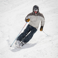 Join us for the Alumni Ski Weekend, Feb. 15-16