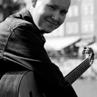 Music at Rush Hour: Polish Music Center Classical Guitar Recital