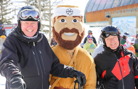 Last day to purchase Alumni Ski Weekend tickets!