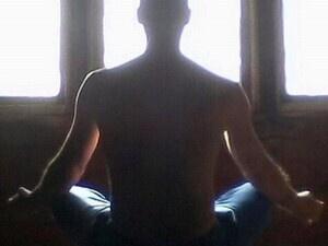 Lars Spritz meditating