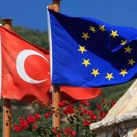 Turkey and EU flags