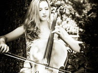 image of Elizabeth Weaver playing cello