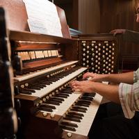 Parker Chapel Organ Recital Series: Bruce Neswick
