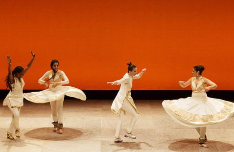 Indian Kathak dancers and American tappers Rina Mehta, Rachna Nivas, Michelle Dorrance and Dormeshia in SPEAK.