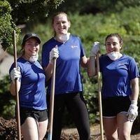 Highlander Welcome: Boost your Resume with Volunteer Work