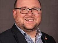 Headshot Dr. Eric Lapin