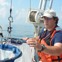 #75MinuteScience — Understanding microplastic pollution: From trash can to crab