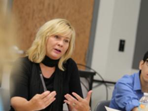 Professor Lori Jakiela and students in a writing seminar