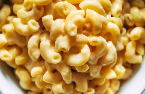 BACK TO MAC: School Supplies & MAC & Cheese Bar (Week of Welcome)