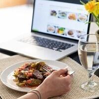 Delicious Digital Dining (FELLOWSHIP)