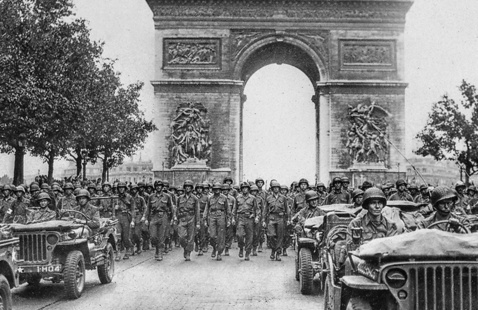 The Liberation of Paris: The G.I. and the Amazon
