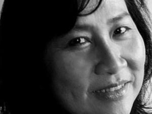 YA Writer's Live w/ Thanhhà Lại (Immigrant Stories Edition)