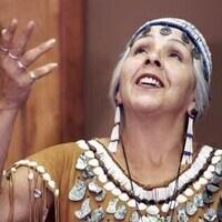 Esther Stutzman, Kalapuya/Coos Elder