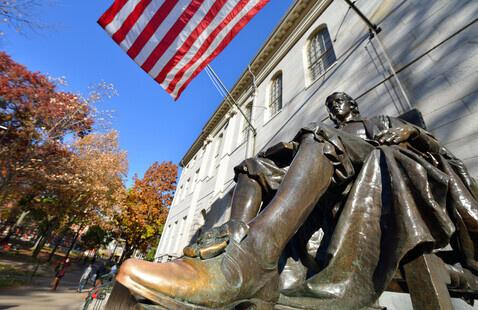 John Havard Statue