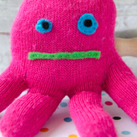 Crafternoon: Winter Glove Monsters