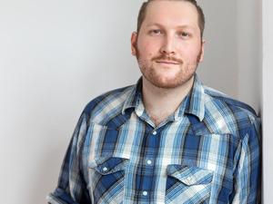 Color photo of Kip Grosvenor Hutchins, LIASE Postdoctoral Fellow, Oberlin College.