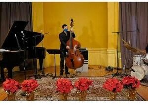 Christmas Day with Greg Murphy Trio
