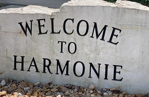Entrance sign at front gate, Harmonie State park