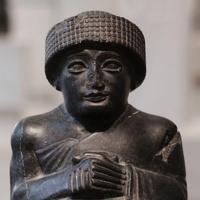Neo-Sumerian statue dedicated to Ningishzida (2120 BC)