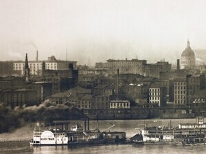 Old St. Louis Waterfront. Credit: Wikimedia Commons.