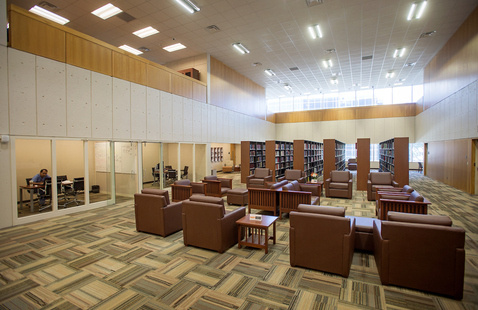 A photo of the library sitting area.