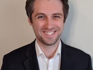 Professor Mark Mimee