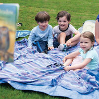 Reynolda Read-Aloud, Outdoors