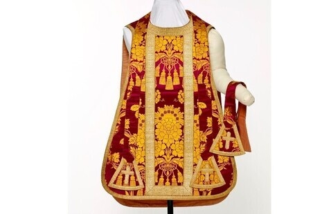A Conversation on the LMU Liturgical Vestment Collection