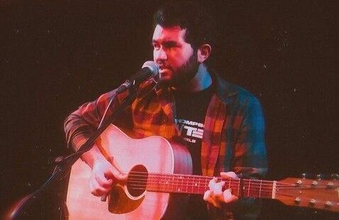 Canon Tyler singing