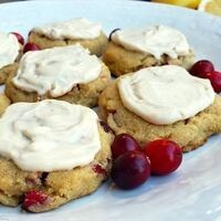 Ricotta cookies and grapes on a plate