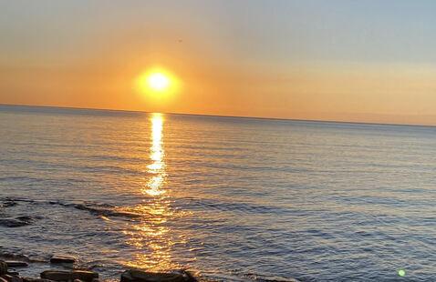 Sun sets over Lake Ontario
