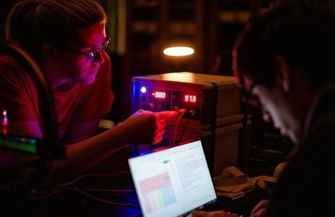 Undergraduate seniors working in lab